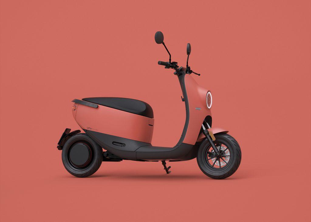Unu Scooter 2021 von der Seite